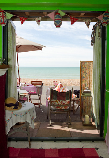 hove-beach-hut